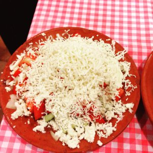 Einfach und lecker: Schopska-Salat